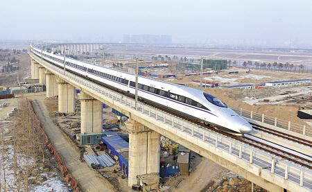 京广高铁由南车青岛四方机车车辆股份有限公司研制的crh380a(l)型动车