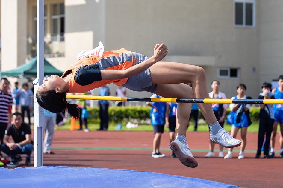 区中学生田径运动会举行