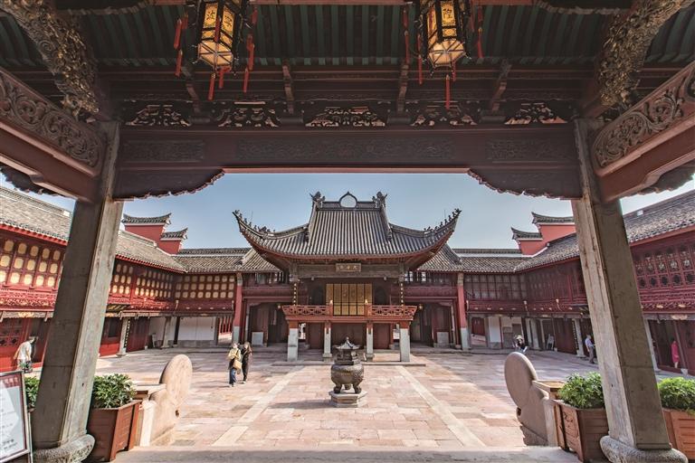 城隍庙 历经千年焕新生